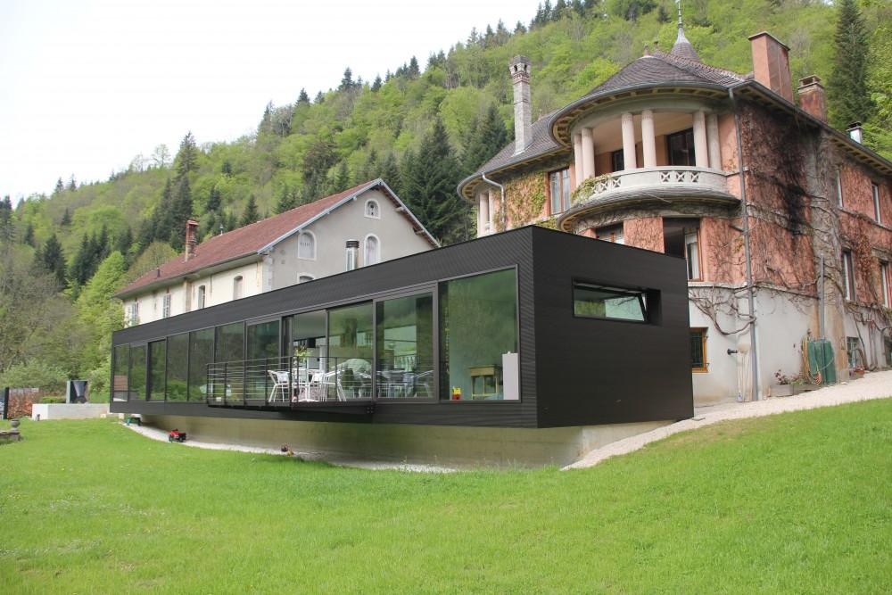 Pavillon-a-vaucluse-france-129-976-3